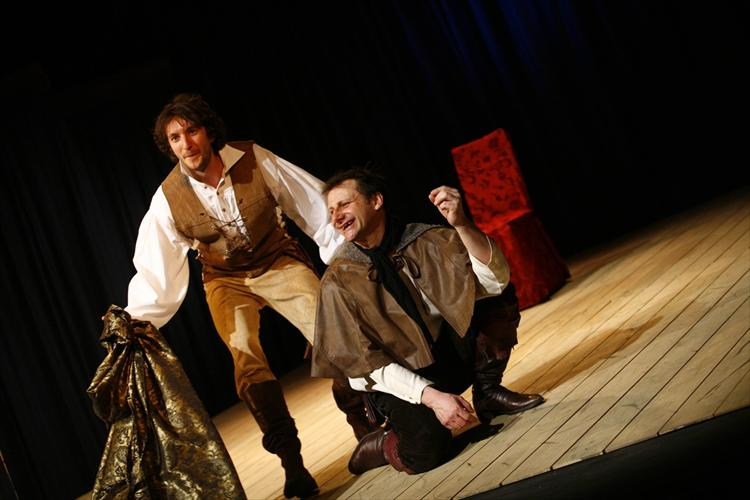 the role of cassio roderigo and barbantio in william shakespeares othello Shakespeare's othello women's role   william shakespeare's othello,  cassio tells othello the senate needs him to go to cyprus to fight the turks.